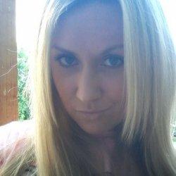 Recherche de fille sur facebook – Alice and Ann